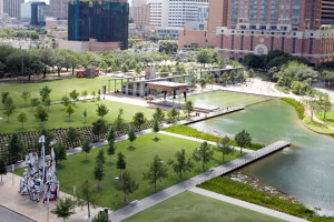 discovery green image